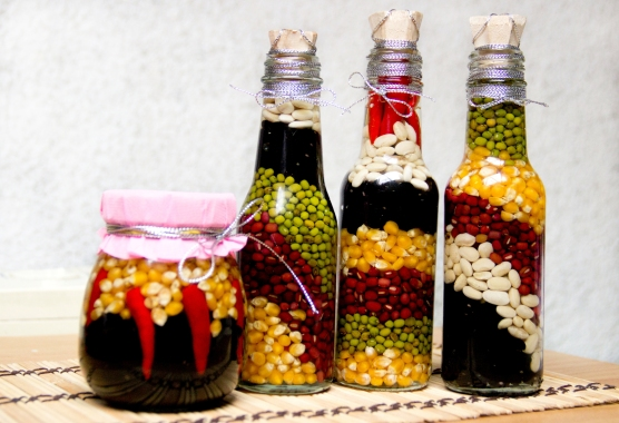 Make-Decorative-Bottles-for-the-Kitchen-Step-7.jpg